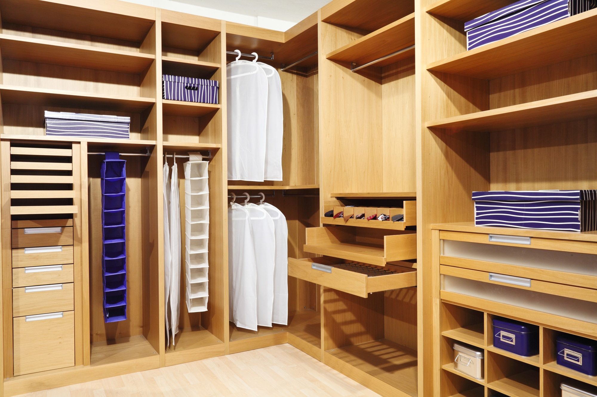 Depositphotos Wood closet