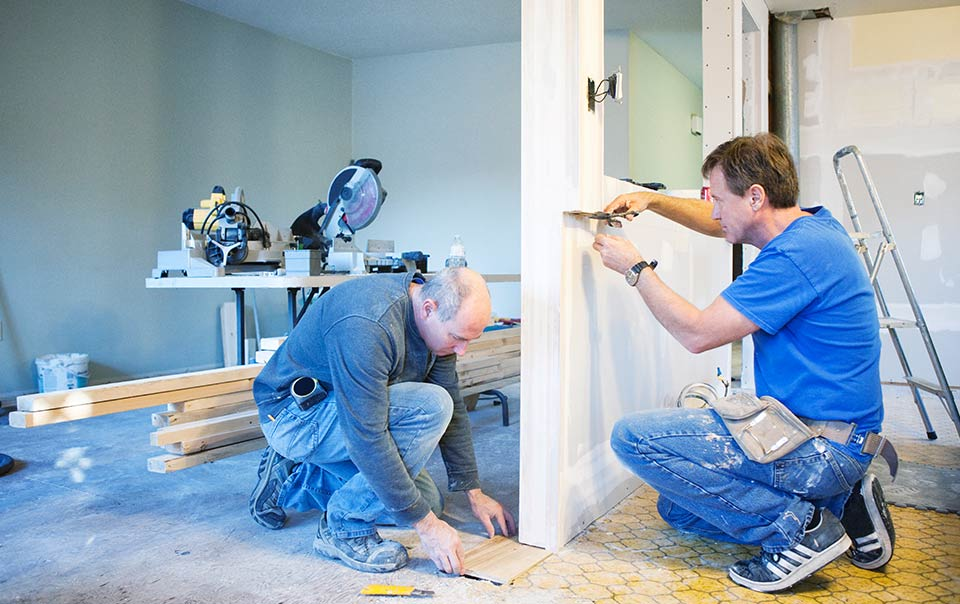 Hiring the Right Remodeling Contractor