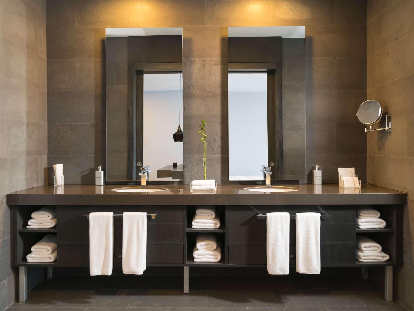 Modern Bathroom Remodel Ideas for Your Next Remodel