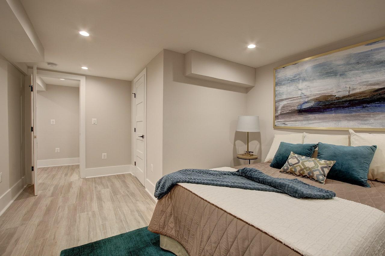 basement bedroom chantilly