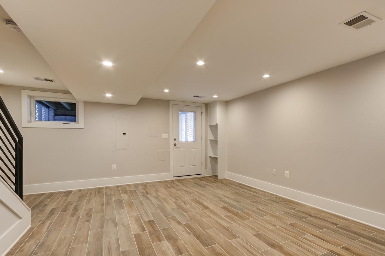 basement remodel closet