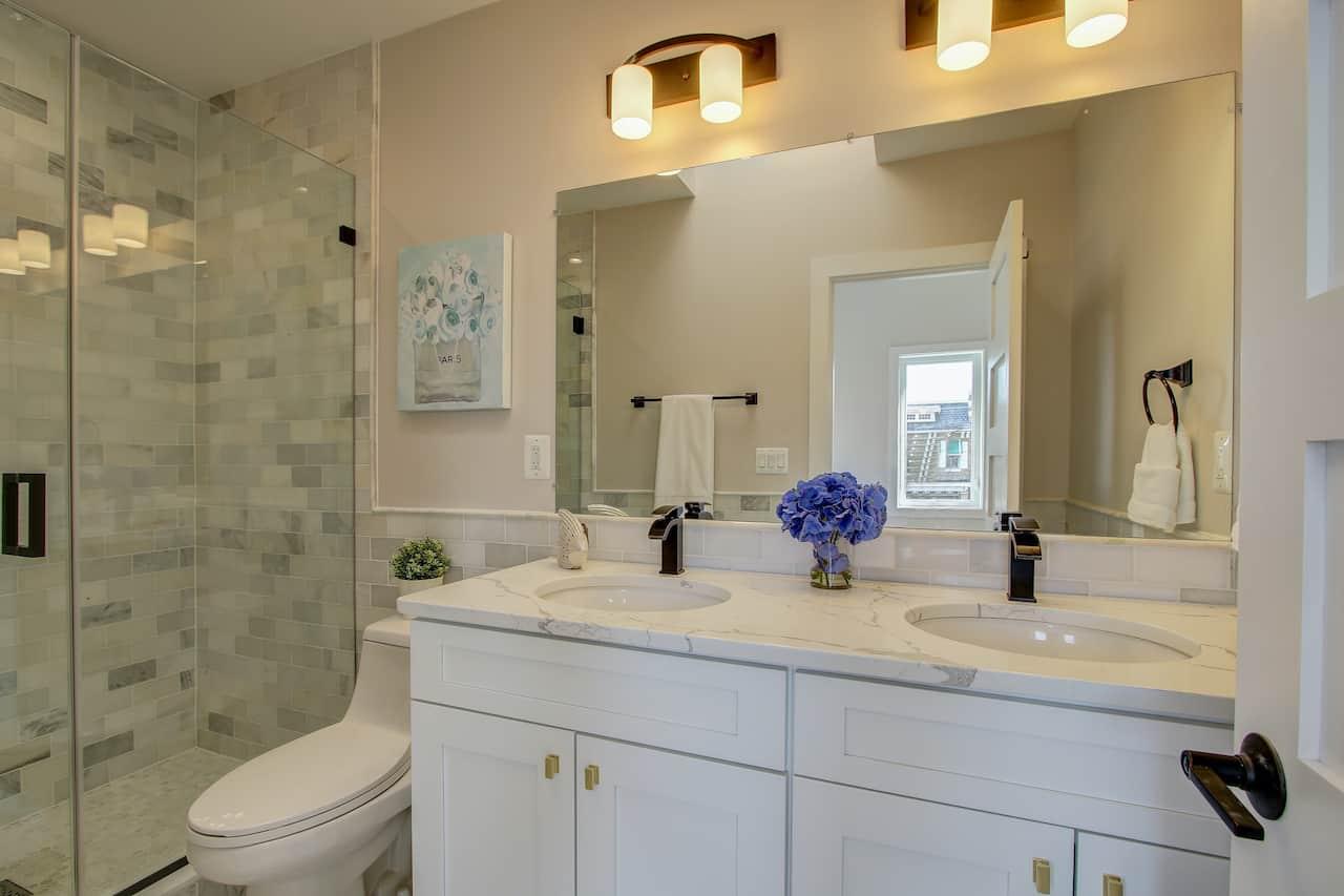 bathroom renovation falls church