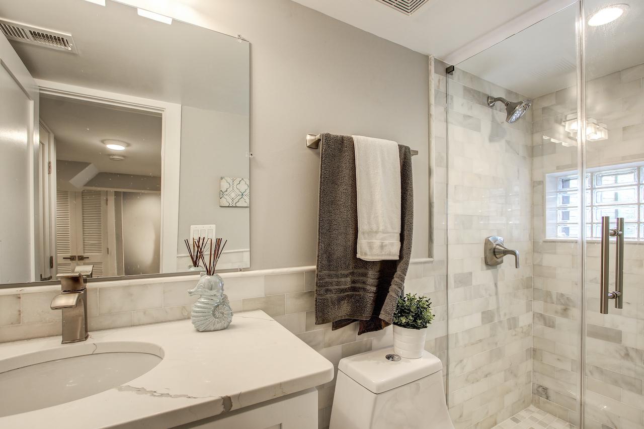 bathroom walk in shower vienna