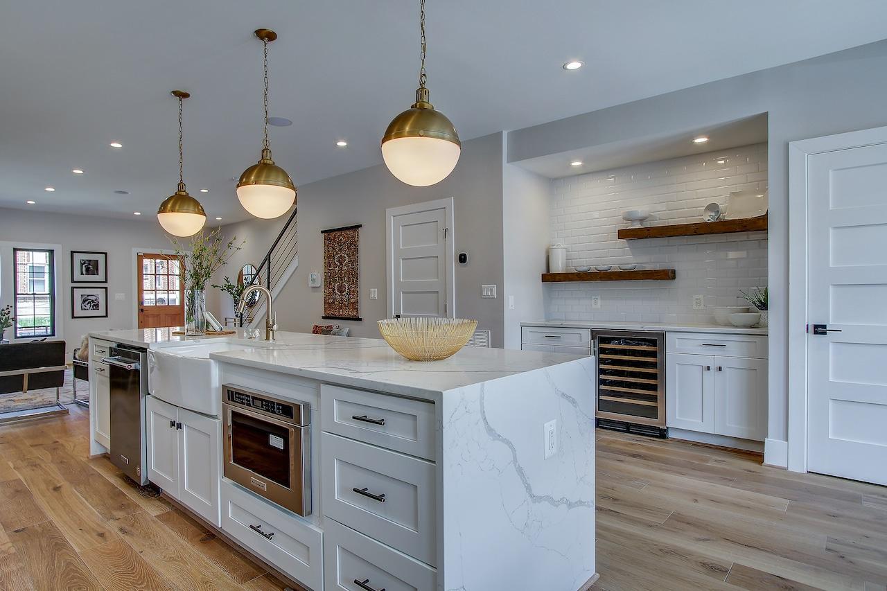 kitchen island shelves