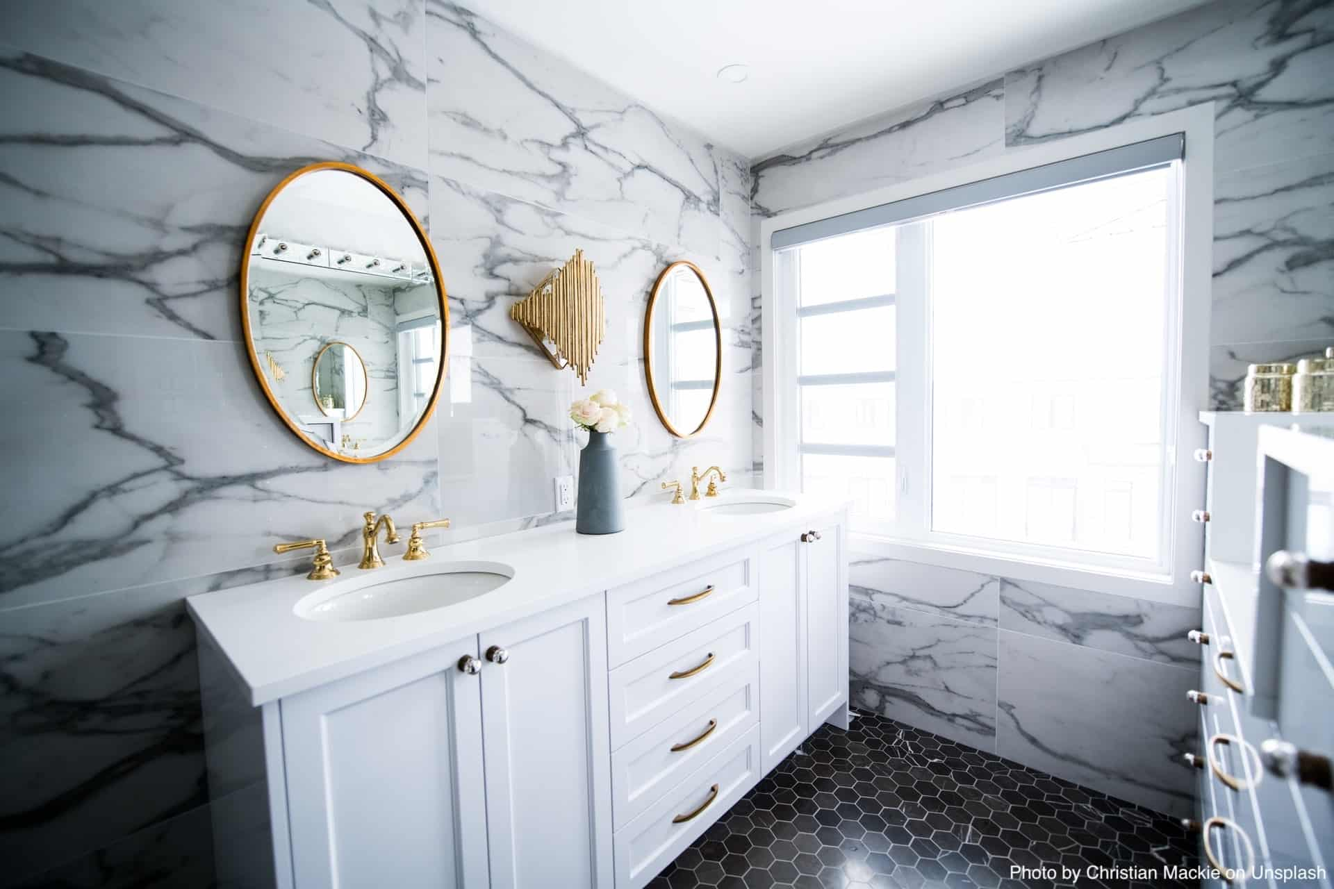 Small Bathroom Flooring Ideas That Will Transform Your Space