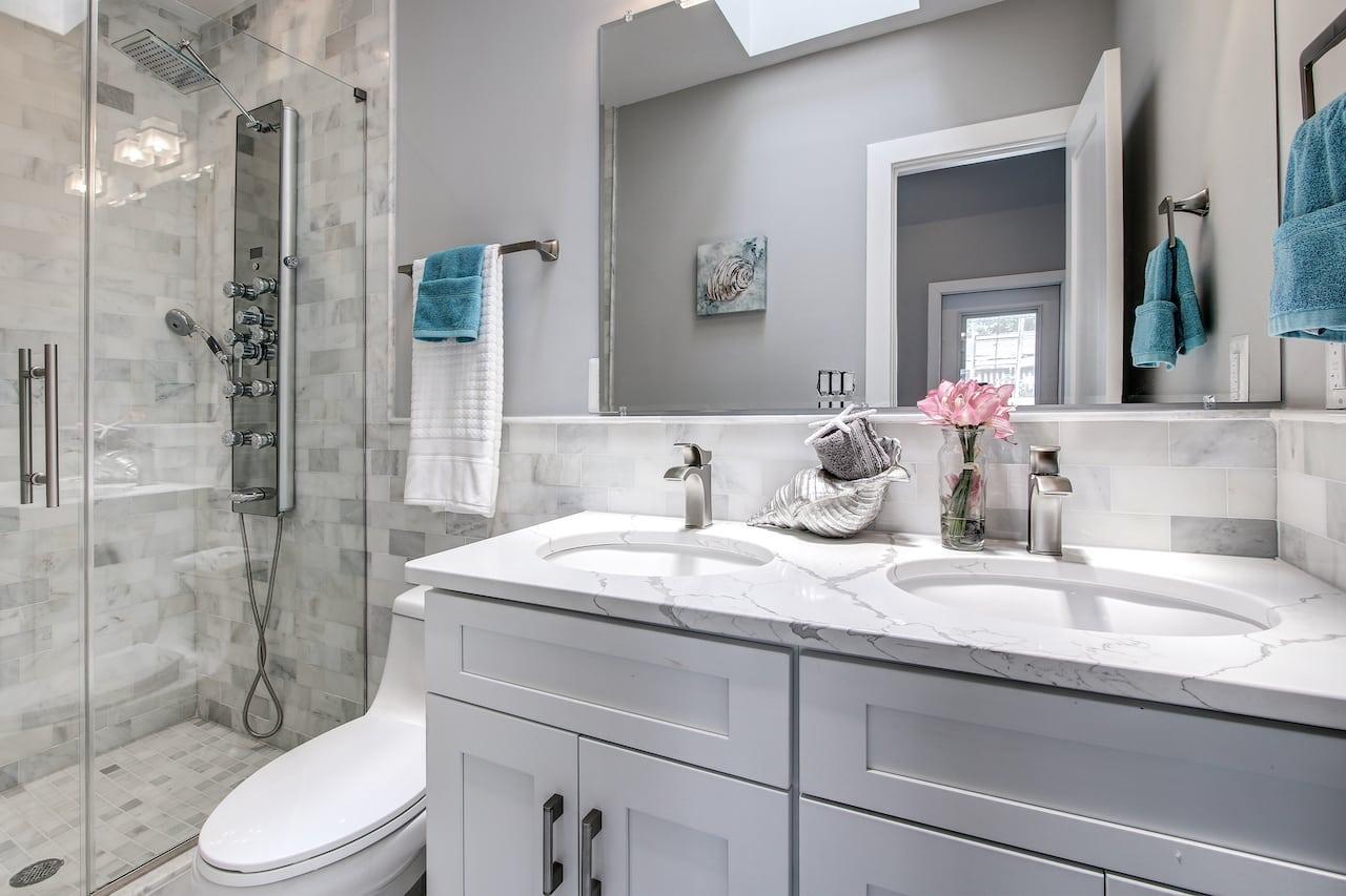 bathroom storage mistakes