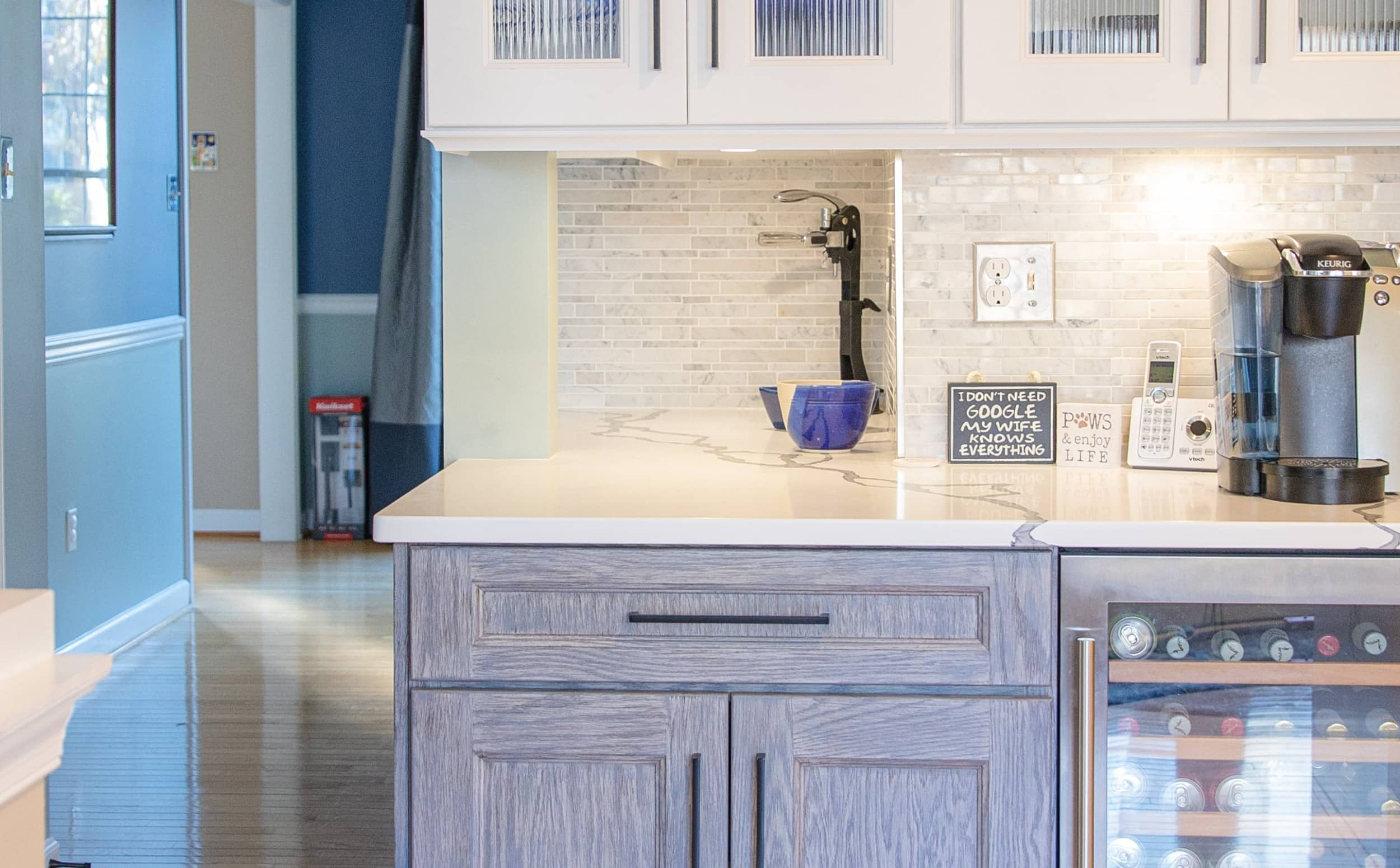 kitchen and bath shop cabinets