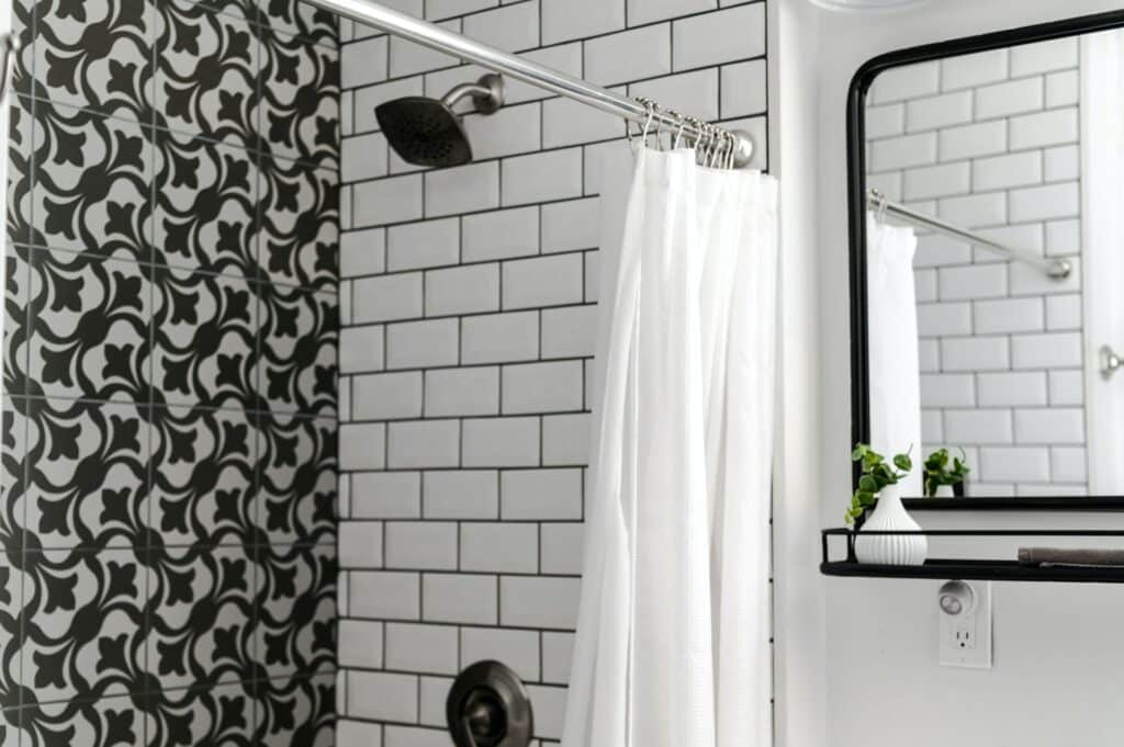 monochrome bathroom tile ideas