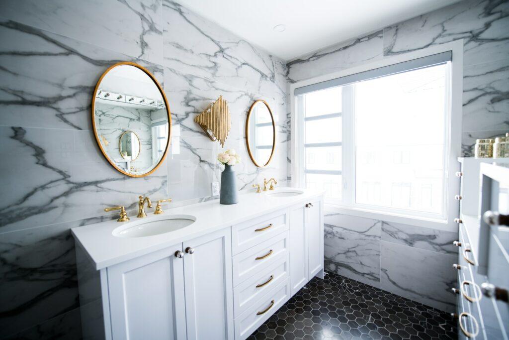 average cost of bathroom flooring