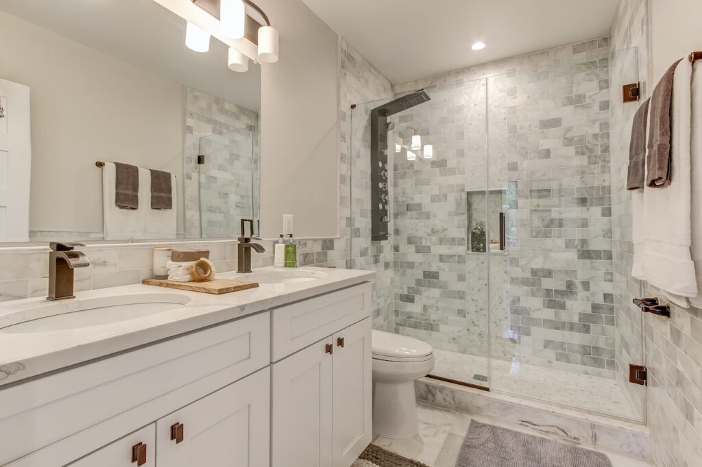Can I Remodel My Bathroom For 5000, Redoing My Bathroom