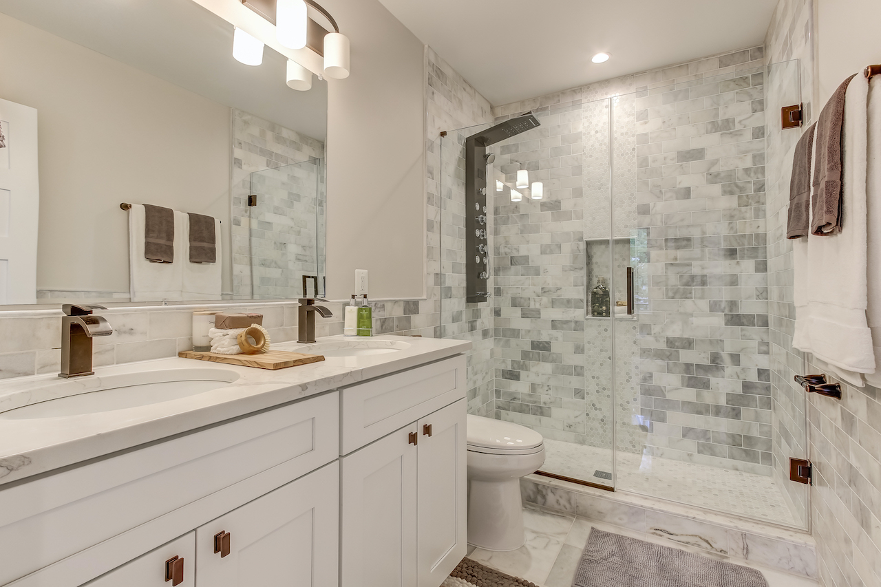 Can I Remodel My Bathroom for $20 Experts Reveal