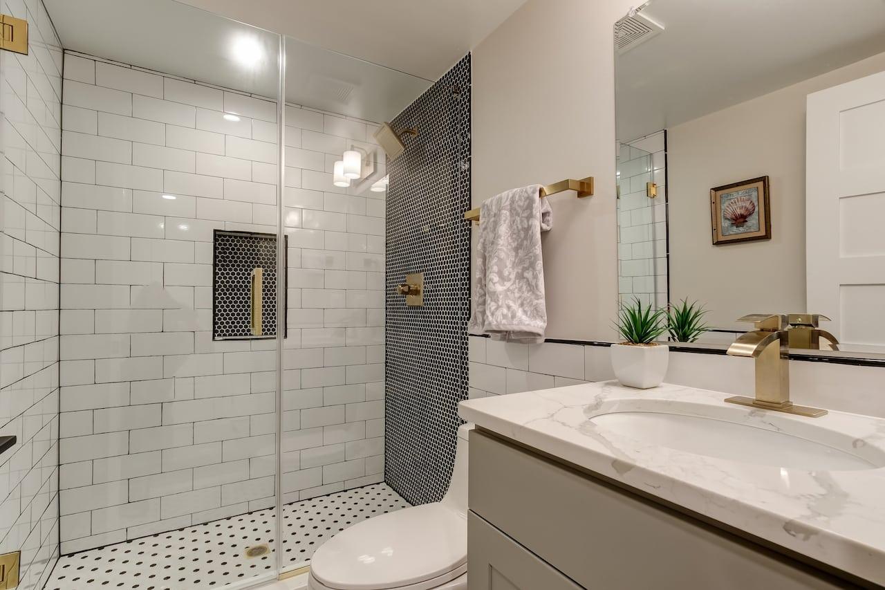 small bathroom remodel cost