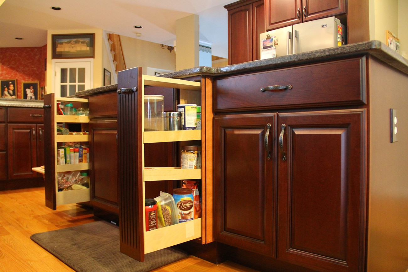 Custom Kitchen Designs & Remodels