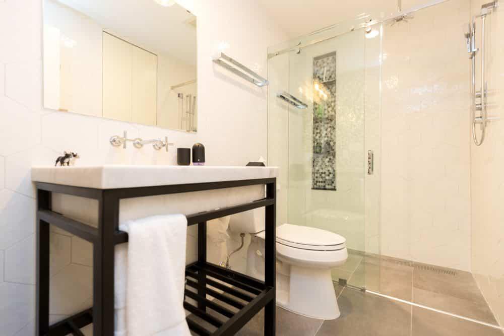 basement-bathroom-vanity