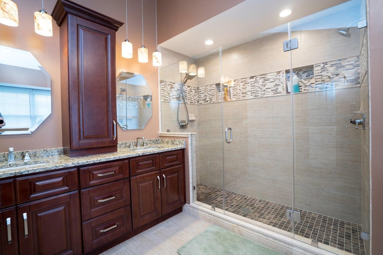 remodel bathroom under $10000