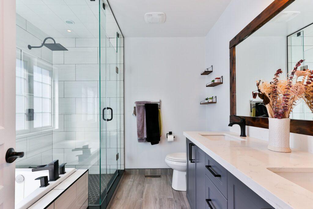 luxury vinyl bathroom flooring