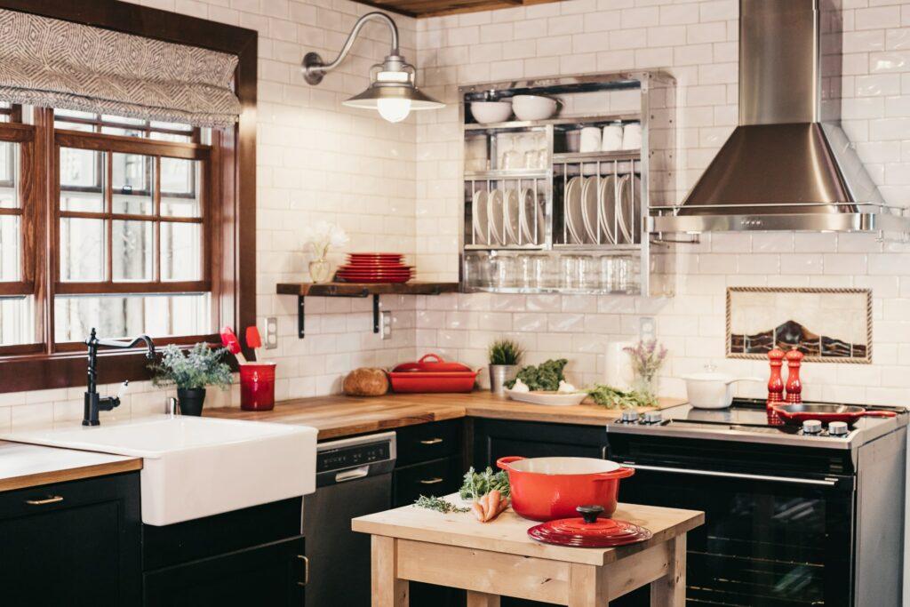small l-shaped kitchen layout
